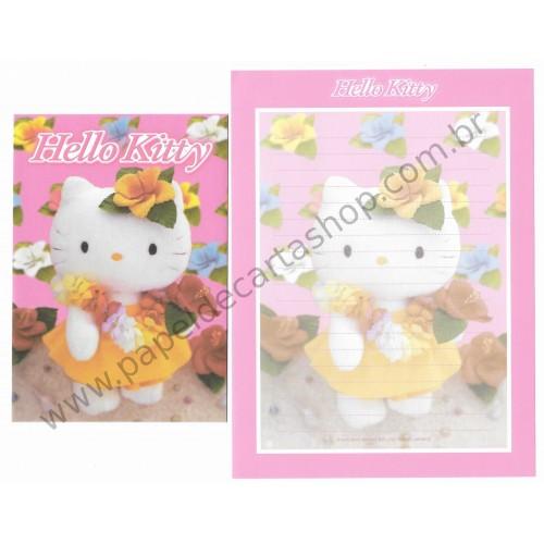 Ano 2005. Conjunto de Papel de Carta Hello Kitty Flores Pelúcia Sanrio