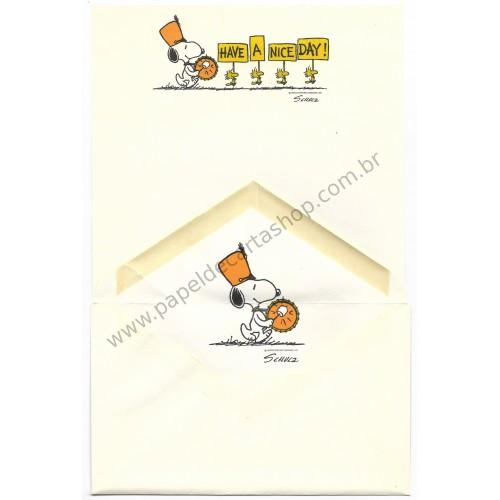 Conjunto de Papel de Carta Antigo Importado SNOOPY G16