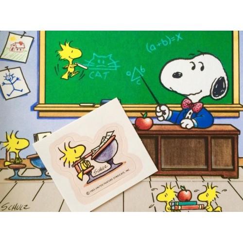 Postalete ANTIGO IMPORTADO COM SELINHO PARA COLAR Snoopy at School Hmk
